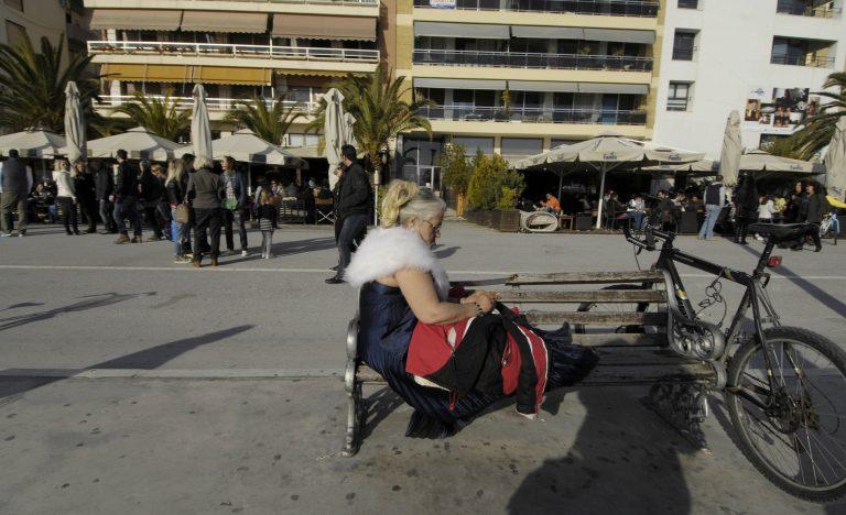 Αλβανοί και Κινέζοι εγκαταλείπουν το Βόλο λόγω κρίσης   Newsit.gr