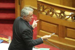 Βουλή – Βορίδης κατά Φίλη: Οι εμπρηστικές δηλώσεις πυροδοτούν άθλιους τραμπουκισμούς