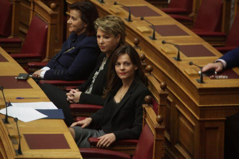 Ημέρα της Γυναίκας: Ο τζέντλεμαν Δημήτρης Κουτσούμπας | Newsit.gr