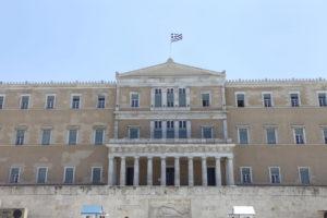 Με τη διαδικασία του επείγοντος στη Βουλή τα μέτρα της συμφωνίας