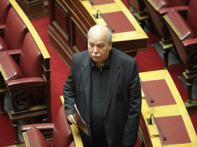 Βούτσης: Αποκλείονται οι εκλογές μέσα στο 2017 | Newsit.gr