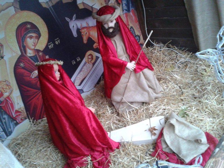 Έκλεψαν το… θείο βρέφος στα Τρίκαλα! – Φωτό | Newsit.gr