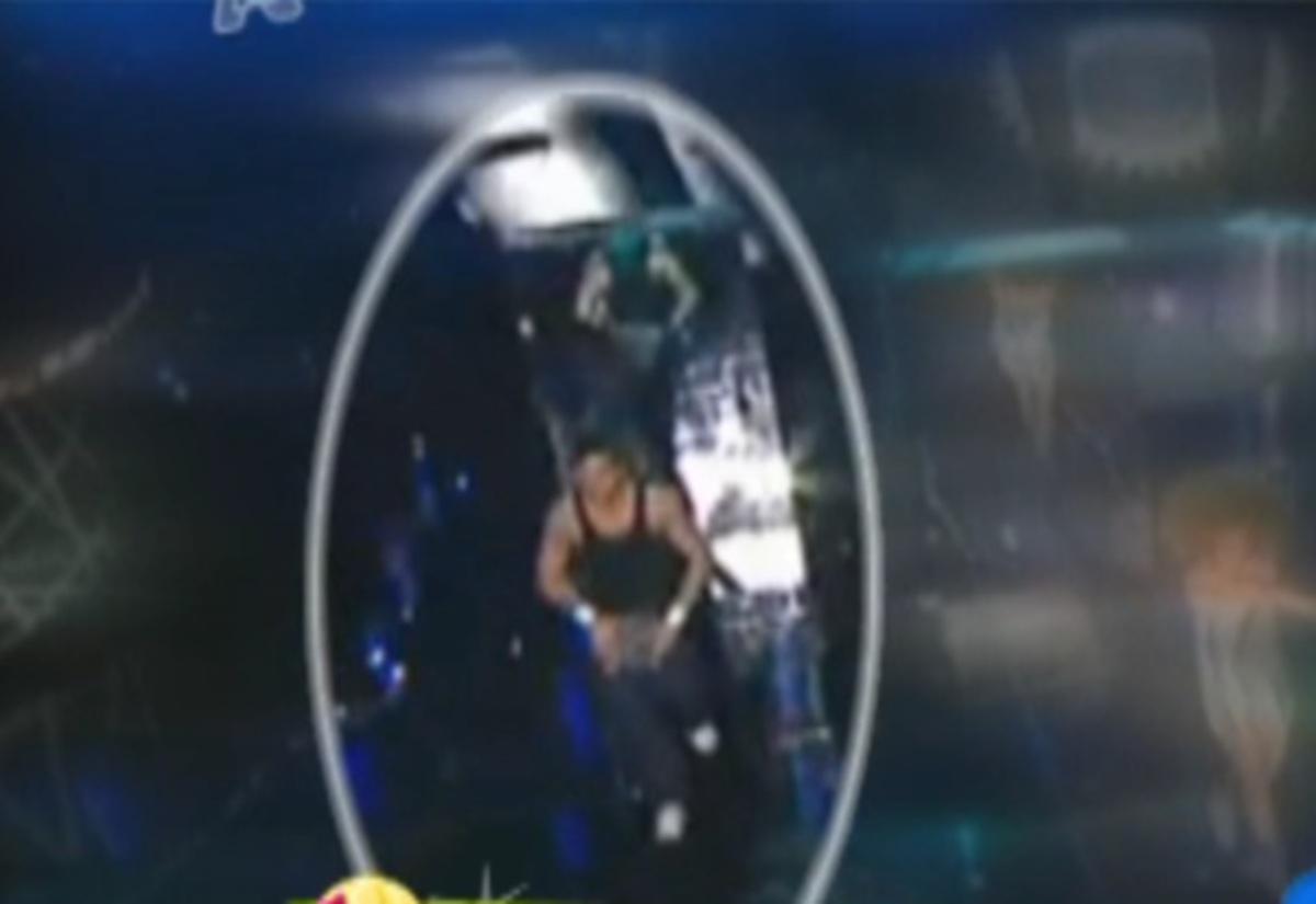 Αποκάλυψη: Ο Ηλίας Βρεττός είχε πάρει μέρος στην Eurovision ως χορευτής! | Newsit.gr