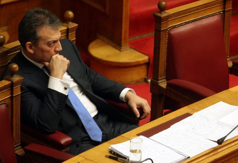 Βρούτσης: Προσπάθειες για τη χορήγηση επιδόματος ανεργίας σε αυτοαπασχολούμενους | Newsit.gr