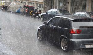 """Καιρός: """"Μύρισε"""" φθινόπωρο – Βροχές και μικρή πτώση της θερμοκρασίας"""