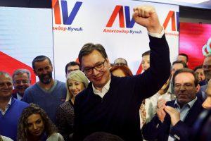 Σερβία: Θριαμβευτής ο Βούτσιτς από τον πρώτο γύρο