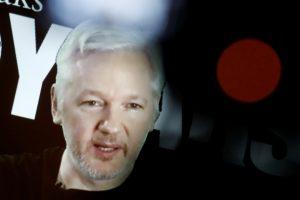 Wikileaks για εκλογές ΗΠΑ: Στη δημοσιότητα 1 εκατομμύριο έγγραφα