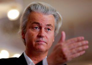 Ξεκίνησε η δίκη του ακροδεξιού Ολλανδού Βίλντερς για υποκίνηση φυλετικού μίσους