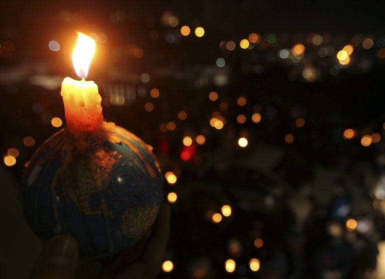 Εκατομμύρια άνθρωποι έσβησαν τα φώτα στην «Ώρα της Γης»   Newsit.gr