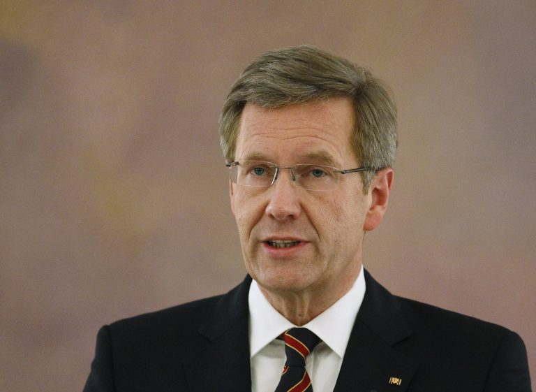 Αφόρητες πιέσεις στον Γερμανό πρόεδρο να παραιτηθεί | Newsit.gr