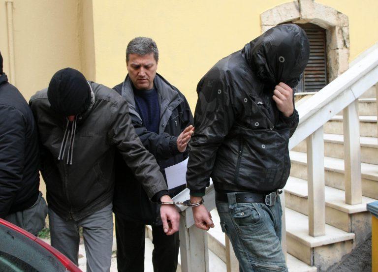 Χανιά: Μόνο ο Άγγλος προφυλακίστηκε για τους εμπρησμούς | Newsit.gr