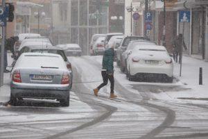 Καιρός: Προβλήματα από την πυκνή χιονόπτωση στο οδικό δίκτυο Ξάνθης και Ροδόπης – ΦΩΤΟ