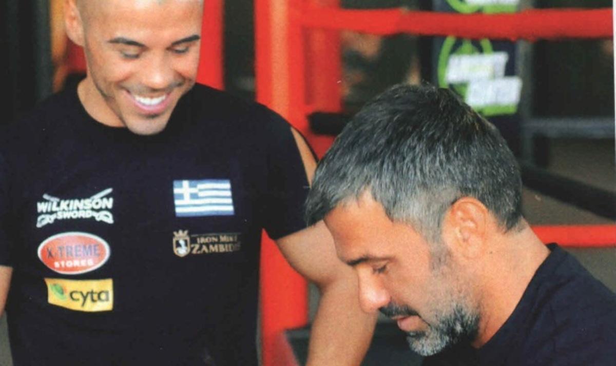 Σ. Χαριτάτος: Στον ρίνγκ με τον Μιχάλη Ζαμπίδη! | Newsit.gr