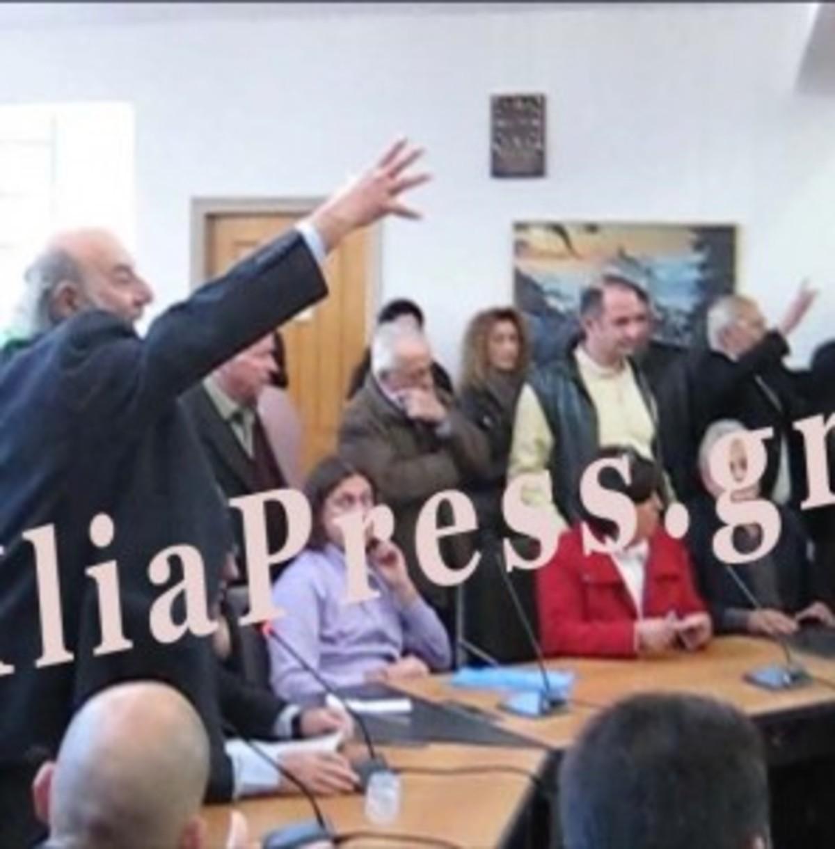 Ηλεία: Χαστούκια στο δημοτικό συμβούλιο της Ζαχάρως – Δείτε το βίντεο! | Newsit.gr