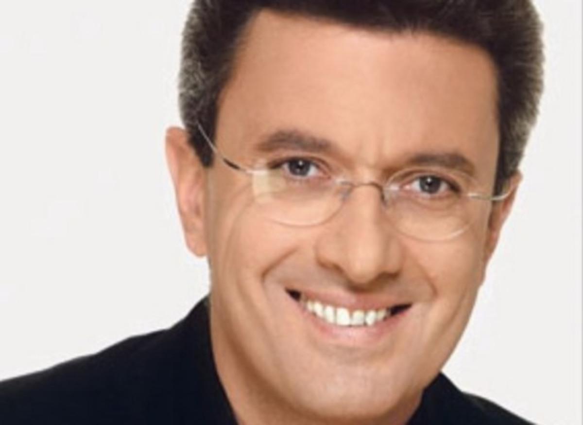 Ο Νίκος Χατζηνικολάου απαντά για το που σκέφτεται να κάνει δελτίο του χρόνου | Newsit.gr