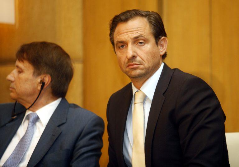 «Η Ελλάδα είναι βαρέλι χωρίς πάτο για τη Γερμανία – Την έκαναν πειραματόζωο του ΔΝΤ» | Newsit.gr