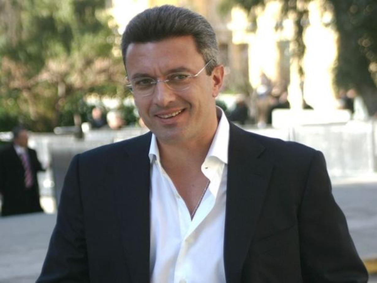 Με ποιο άλλο κανάλι εκτός από τον ΑΝΤ1 συζητά ο Χατζηνικολάου; | Newsit.gr