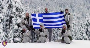 ΣΜΥ: Εντυπωσιακές εικόνες στα χιόνια [vid]