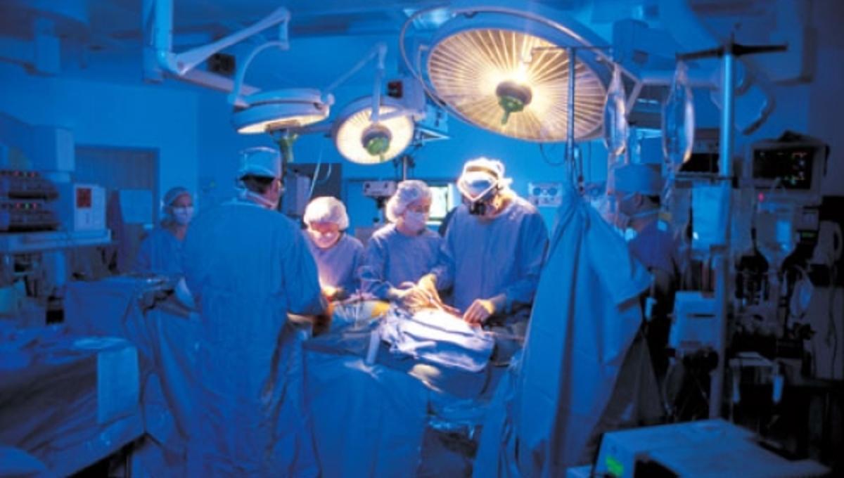 Χειρούργησαν 80χρονη σε λάθος πόδι και πέθανε! Φυλάκιση με αναστολή σε δυο γιατρούς | Newsit.gr