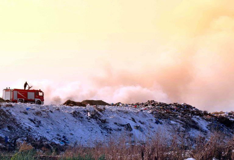 Έρευνα για διοξίνες μετά τη φωτιά στη χωματερή της Δουρούτης | Newsit.gr