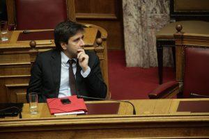 Χουλιαράκης: Τα μέτρα θα επιβαρύνουν κάποιους, θα ενισχύσουν άλλους