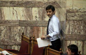 Τροπολογία στην τροπολογία για να… σωθούν τα ειδικά μισθολόγια!