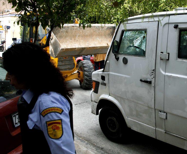 Τρίπολη: Αιματηρή ληστεία χρηματαποστολής με λεία 500.000 ευρώ! | Newsit.gr