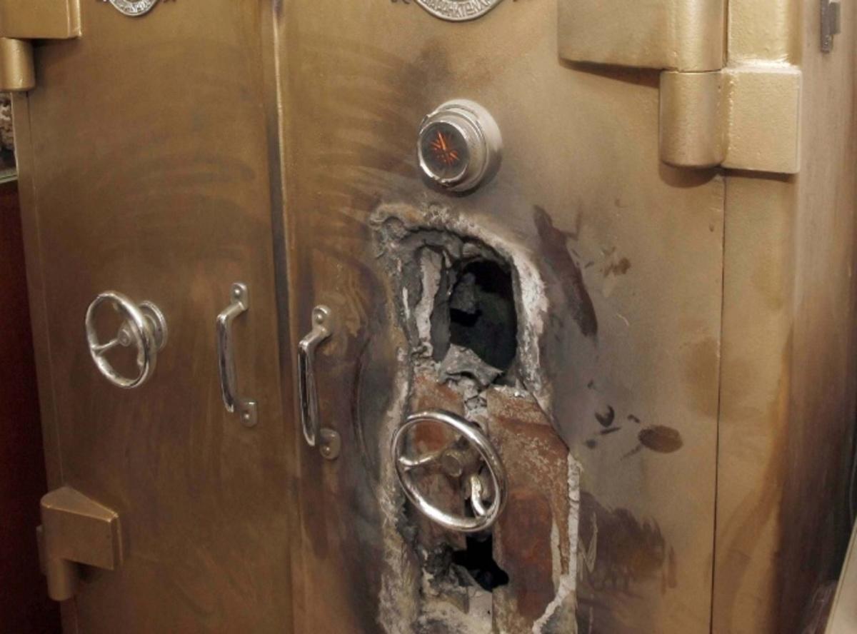 Χανιά: Φόρτωσαν το χρηματοκιβώτιο και… μην τους είδατε! | Newsit.gr