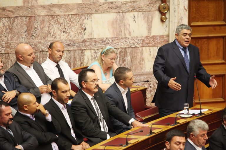 Ιταλικός τύπος: «Οι επιθέσεις της Χρυσής Αυγής στην Αθήνα» | Newsit.gr