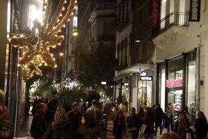 """""""Σαφάρι"""" ελέγχων στην αγορά την εορταστική περίοδο"""