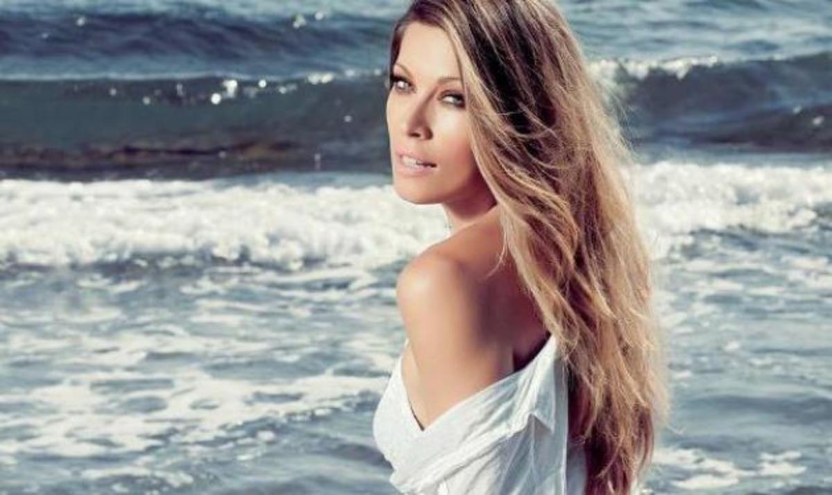 Μ. Χρουσαλά: Απολαμβάνει τον καφέ της στην Κηφισιά! Φωτό | Newsit.gr