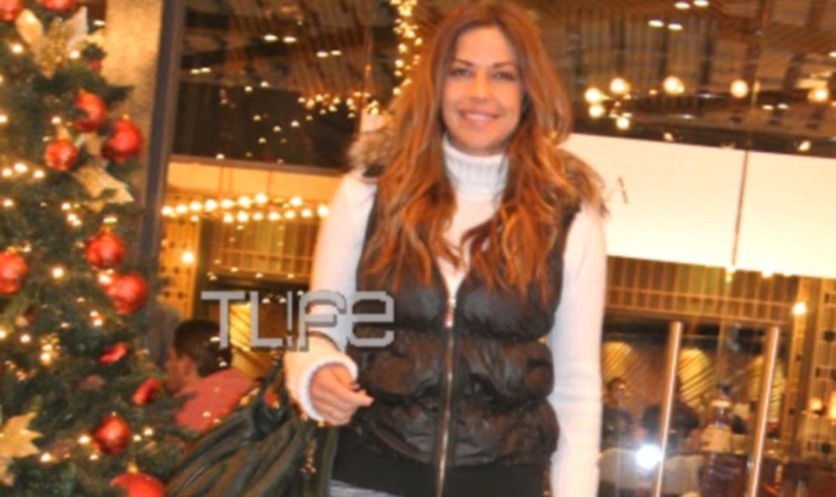 Χρύσπα: Χριστουγεννιάτικη βόλτα στην Αθήνα! | Newsit.gr