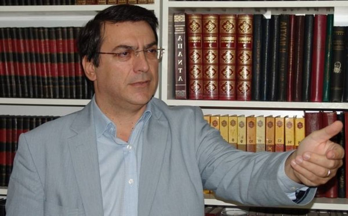 Αποδοκίμασαν Χρυσανθακόπουλο και Ροντούλη – Video | Newsit.gr