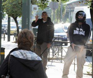 Δίκη Χρυσής Αυγής: Επεισόδια έξω από το Εφετείο μεταξύ χρυσαυγιτών και μελών αντιφασιστικών οργανώσεων [pics]