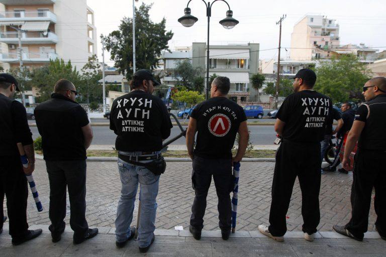 Reuters: «Η Χρυσή Αυγή αξιοποιεί το φόβο και το θυμό των Ελλήνων» | Newsit.gr