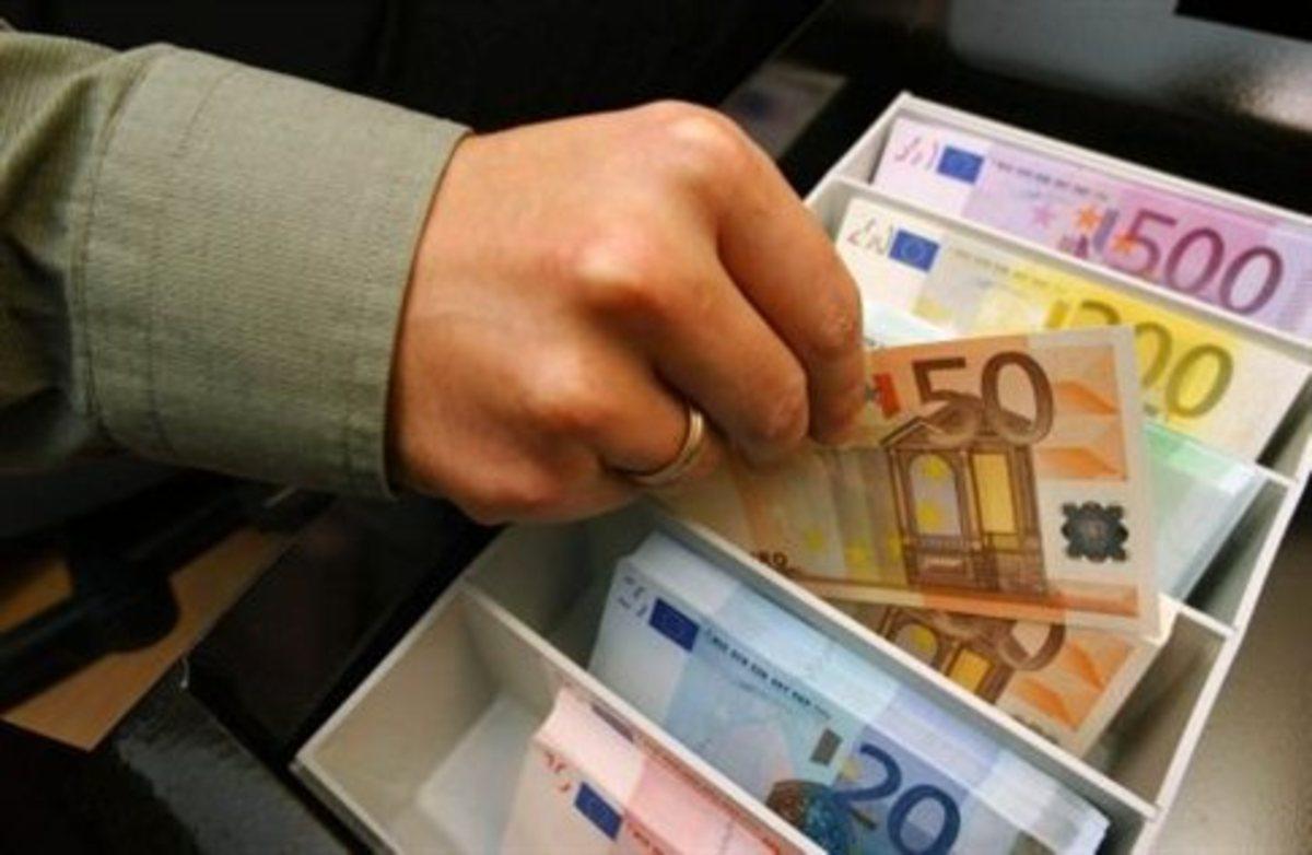 Πρώην δήμαρχος με λογαριασμό 3 εκατ. ευρώ – Από κόσκινο οι τραπεζικοί λογαριασμοί 105 τοπικών αρχόντων που ελέγχονται για παράνομο πλουτισμό   Newsit.gr