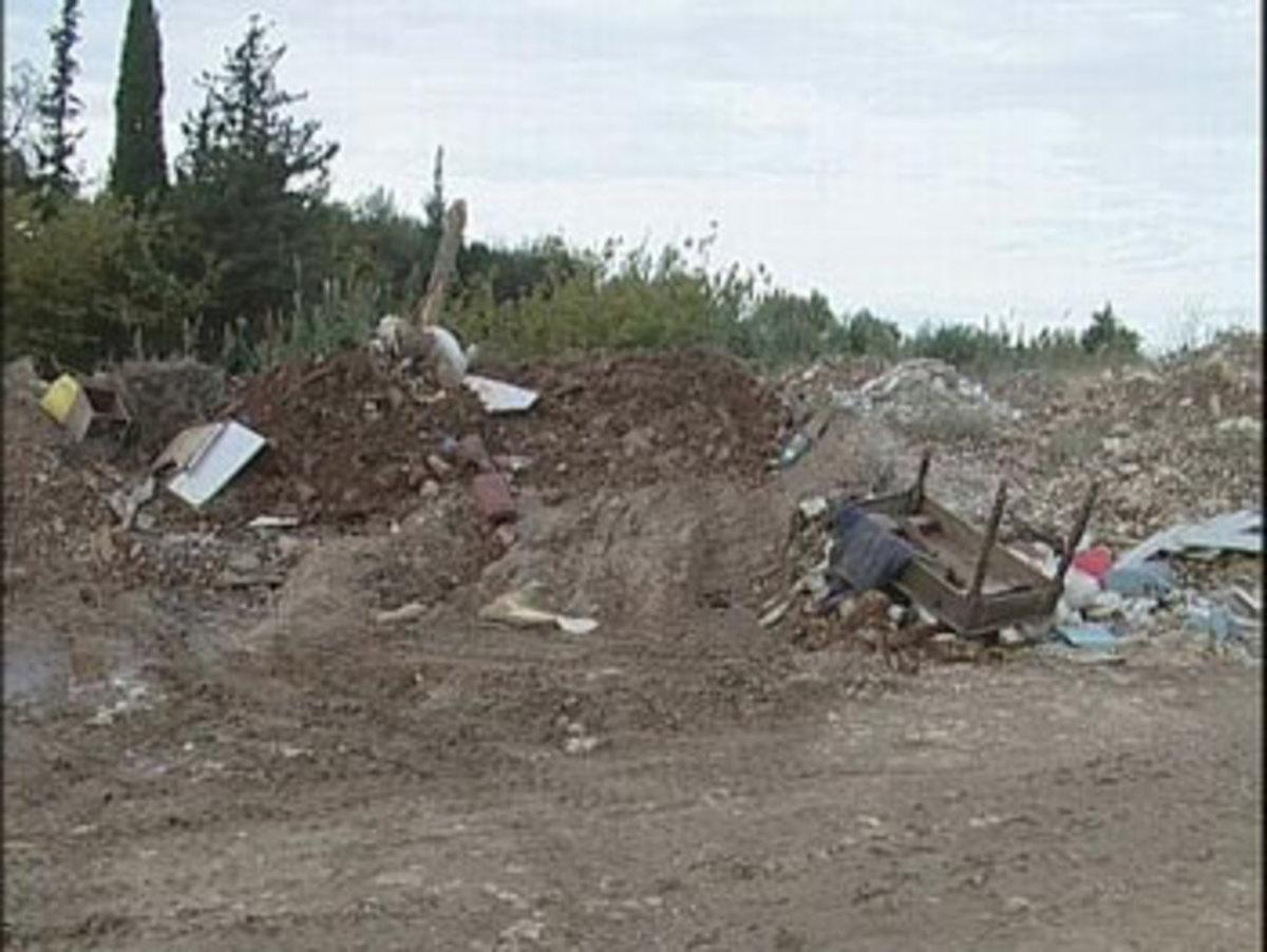 Πάτρα: Σκουπιδότοπος ο Γλαύκος! | Newsit.gr