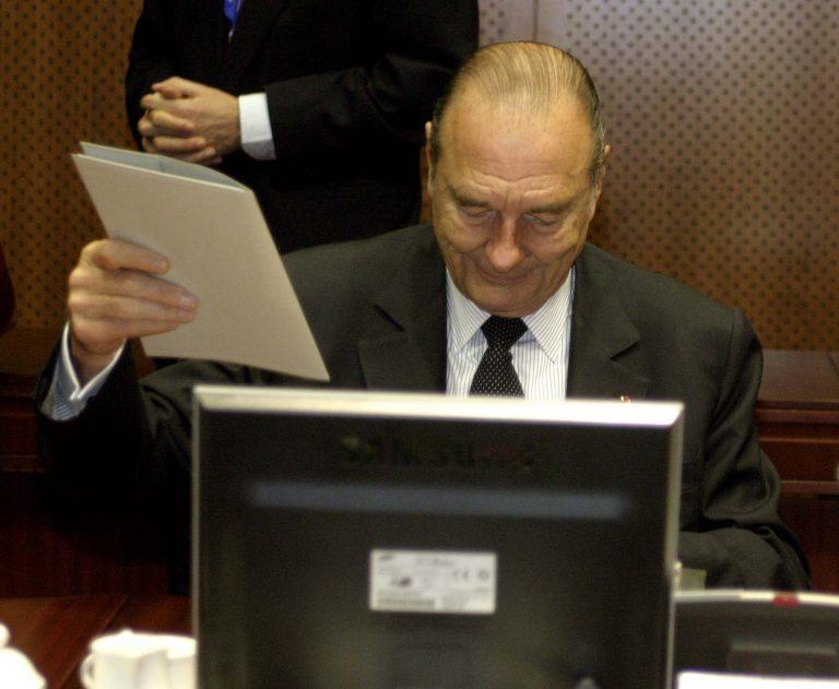 «Ανήμπορος» ο Ζακ Σιράκ να εμφανιστεί στη δίκη του | Newsit.gr