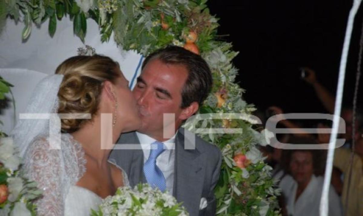 Πρόστιμο μαμούθ για το γάμο στις Σπέτσες. Τι λέει ο δήμαρχος στο TLIFE! | Newsit.gr