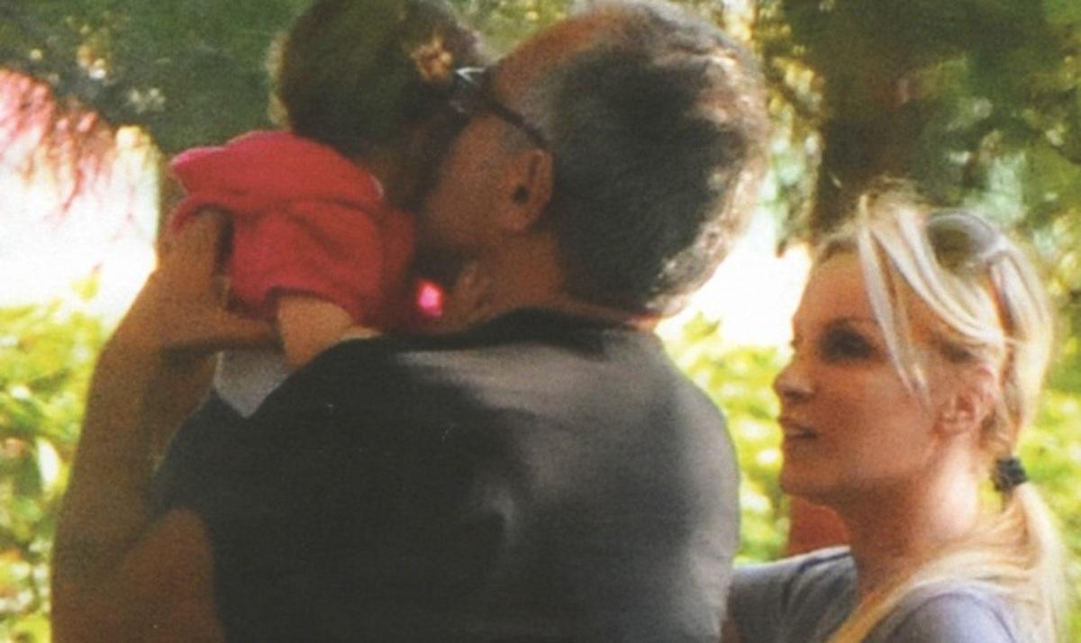 Γ. Λύρας – Π. Ζήνα: Τα πρώτα γενέθλια της κόρης τους! | Newsit.gr