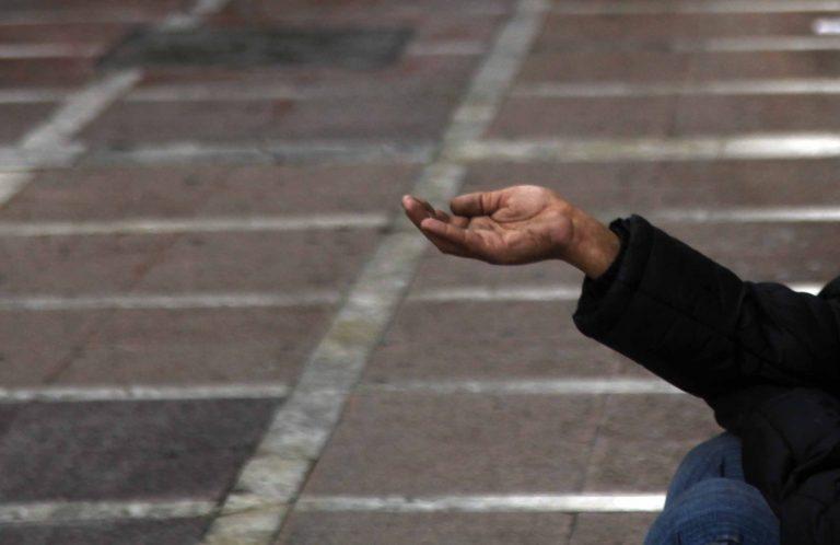 Θεσσαλονίκη: Έβαζαν ανάπηρους να ζητιανεύουν | Newsit.gr