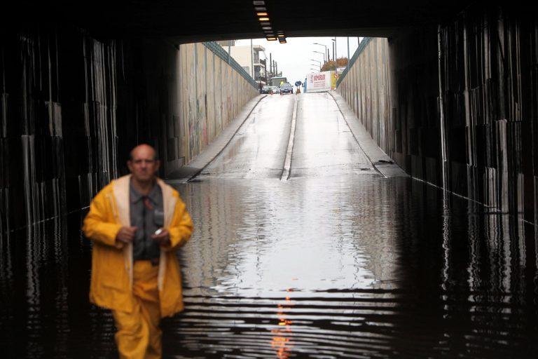 Λάρισα: Νέες καταστροφές από τη βροχή | Newsit.gr
