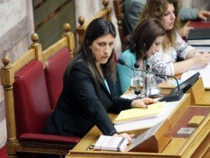 Κηρύσσει «πόλεμο» η Κωνσταντοπούλου στον Σουλτς για δημοψήφισμα και χρέος!