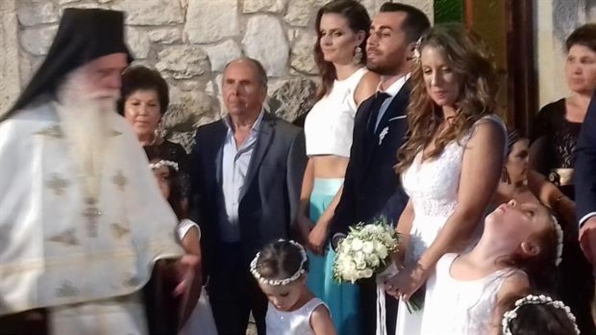 Κρήτη: Γαμπρός και νύφη με ευαισθησίες – Συγκίνησαν τους καλεσμένους στο γάμο τους [pics] | Newsit.gr