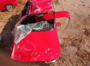 Θρήνος στη Λαμία: Νεκρός 33χρονος μετά από τροχαίο – Σμπαράλια το αυτοκίνητο [pics]