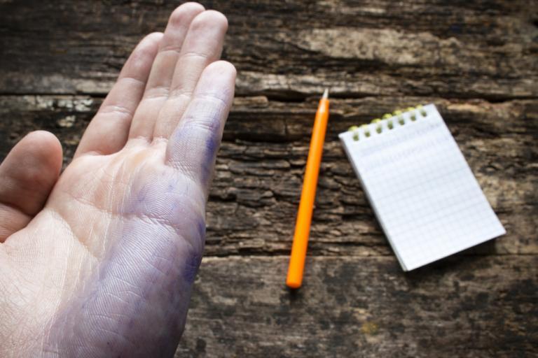 Παγκόσμια Ημέρα Αριστερόχειρων σήμερα! Δείτε 17 πράγματα που δεν ξέρατε για τους αριστερόχειρες… | Newsit.gr