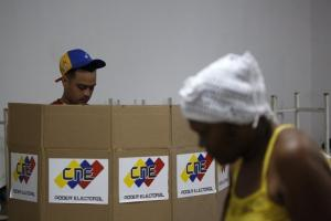 Βενεζουέλα: Αίμα στις εκλογές – Δύο νεκροί και χάος με ανοιχτές τις κάλπες!