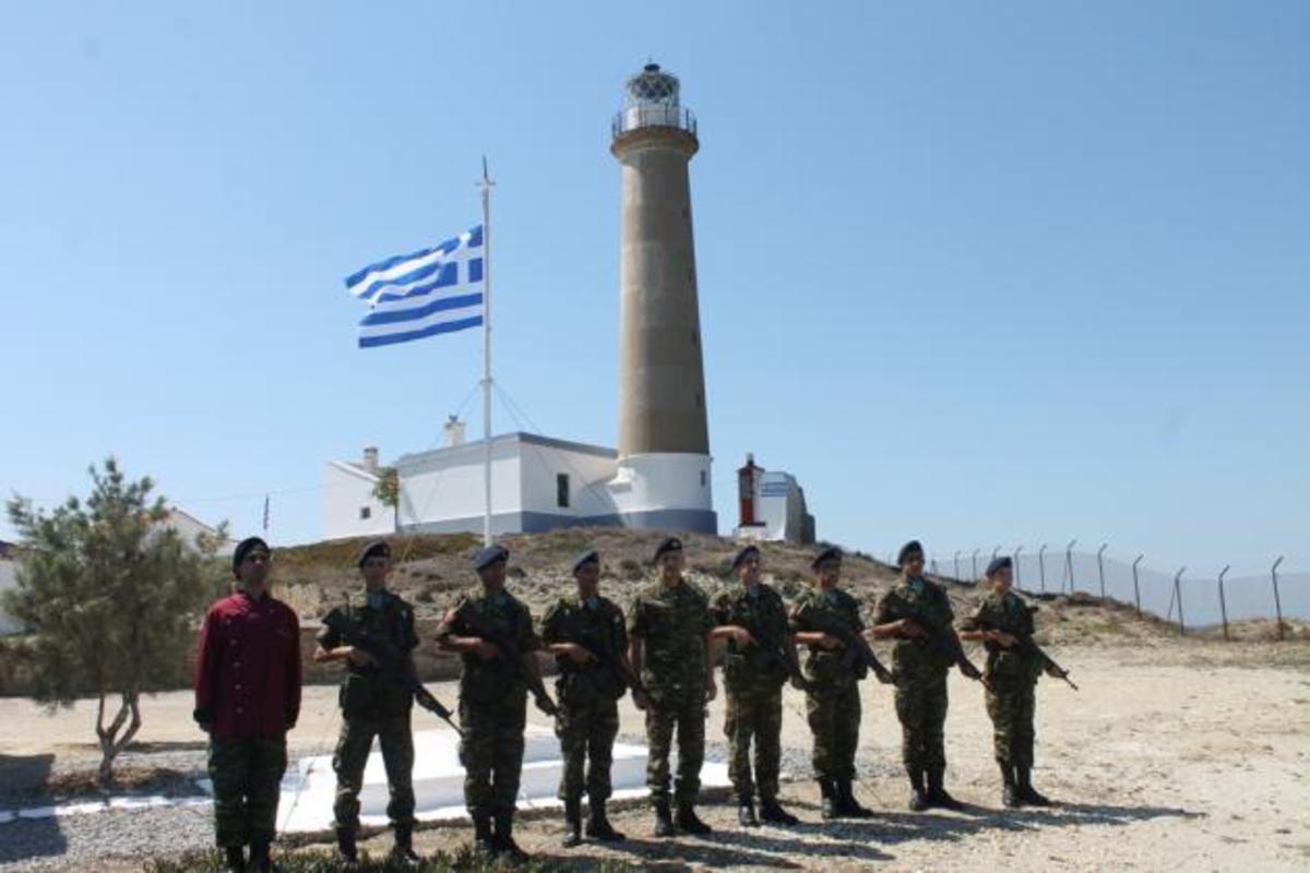Γιατί ο Αρχηγός Στρατού πήγε στη Λήμνο [pics] | Newsit.gr