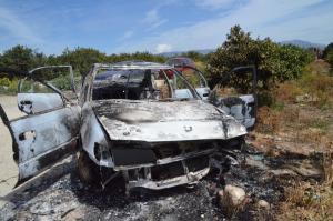 Βοιωτία: Εγκλωβίστηκε και κάηκε ζωντανός στο φλεγόμενο αυτοκίνητό του – Τραγωδία στην άσφαλτο!
