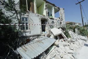 Μυτιλήνη: Ανησυχία για τις λυόμενες αίθουσες σχολείων – Μάχη με το χρόνο στις σεισμόπληκτες περιοχές!